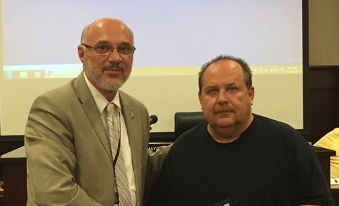 Mayor Wilson with Sgt David Amick